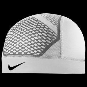 NEW Nike skull cap Pro Hypercool Vapor 4.0